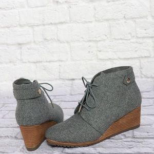 NWOT Dr. Scholl's Gray Wool Wedge Booties 7